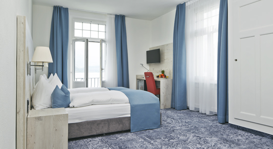Junior Suite mit Seeblick Hotel Restaurant Bellevue au Lac